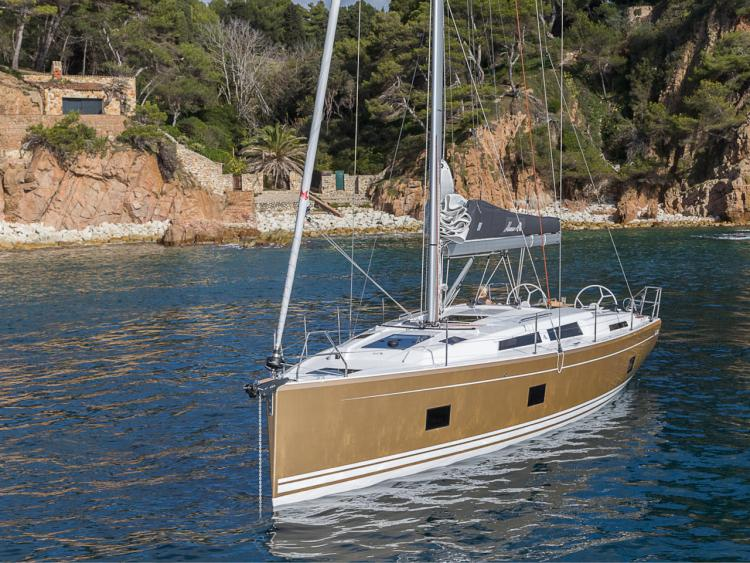 HANSE 418 STOCK DISPONIBLE
